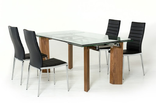 Wooden Dining Table V/S Glass Top Dining Table- Which One is Better?